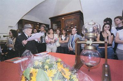 Il prof. Gerardo Marotta, Presidente dell'Istituto Italiano per gli Studi filosofici, all'inaugurazione del museo.